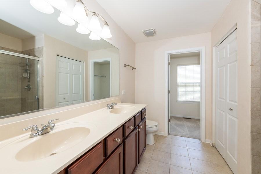Real Estate Photography - 1271 Church Court, Aurora, IL, 60502 - Master Bathroom