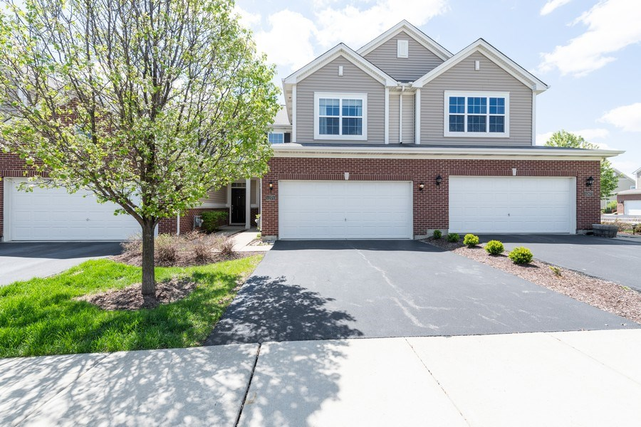 Real Estate Photography - 1271 Church Court, Aurora, IL, 60502 - Front View