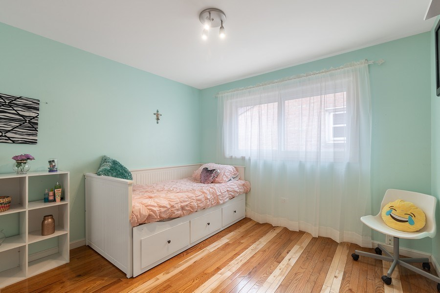 Real Estate Photography - 5943 S PARKSIDE, Chicago, IL, 60638 - Bedroom
