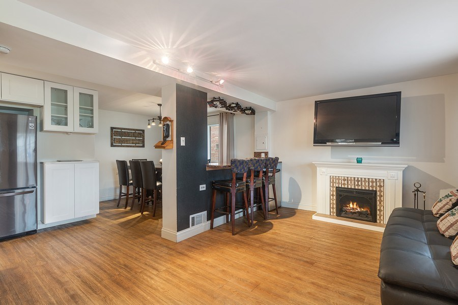 Real Estate Photography - 5943 S PARKSIDE, Chicago, IL, 60638 - Family Room