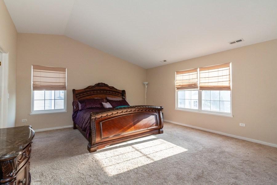Real Estate Photography - 261 Hanburg Ln, Bolingbrook, IL, 60440 - Master Bedroom