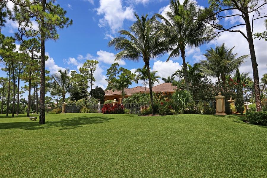 Real Estate Photography - 7730 Woodsmiur Dr, West Palm Beach, FL, 33412 - Rear View