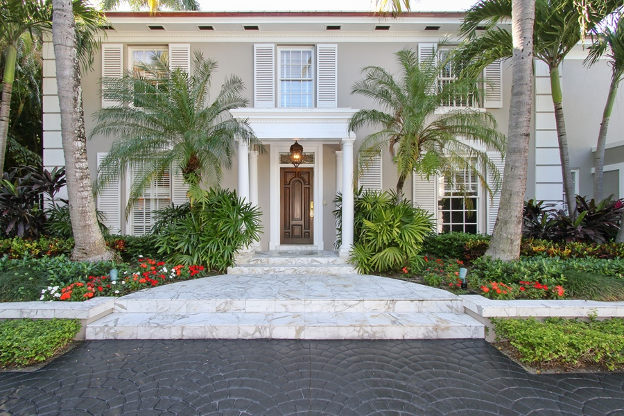 Real Estate Photography - 377 N Lake Way, Palm Beach, FL, 33480 - Entrance