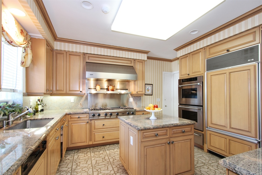 Real Estate Photography - 377 N Lake Way, Palm Beach, FL, 33480 - Kitchen
