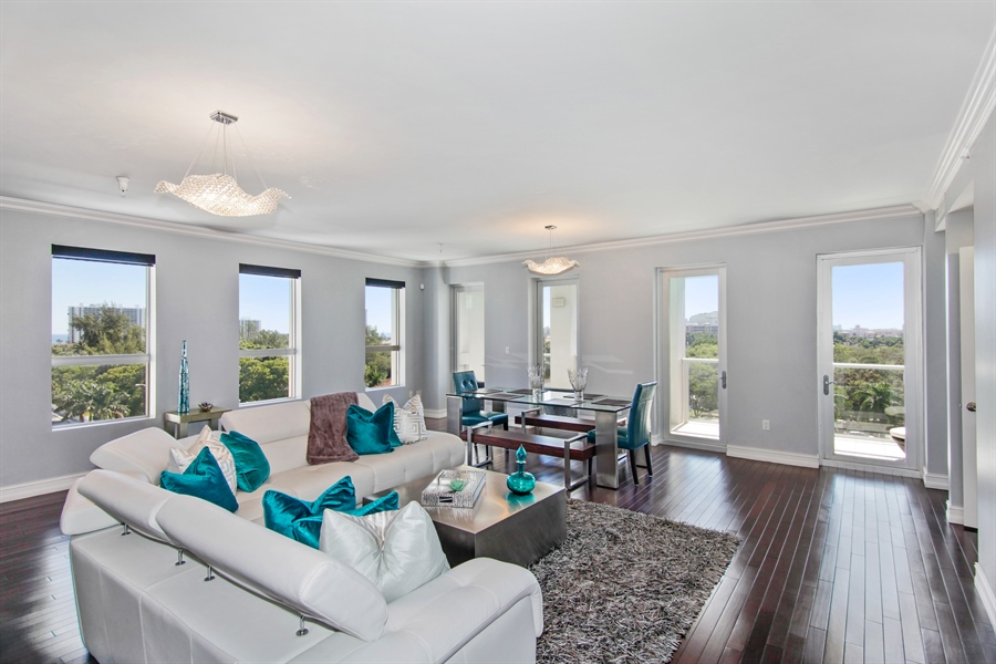 Real Estate Photography - 455 E Palmetto Park Rd, Unit 7W, Boca Raton, FL, 33432 - Living Room