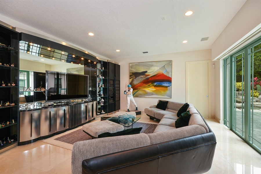 Real Estate Photography - 450 SW 17th St, Boca Raton, FL, 33432 - Family Room