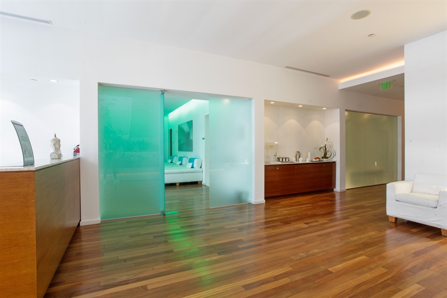Real Estate Photography - 1040 Biscayne Blvd, 1605, Miami, FL, 33132 - Spa