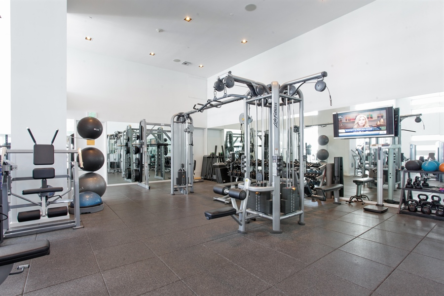 Real Estate Photography - 1040 Biscayne Blvd, 1605, Miami, FL, 33132 - Gym