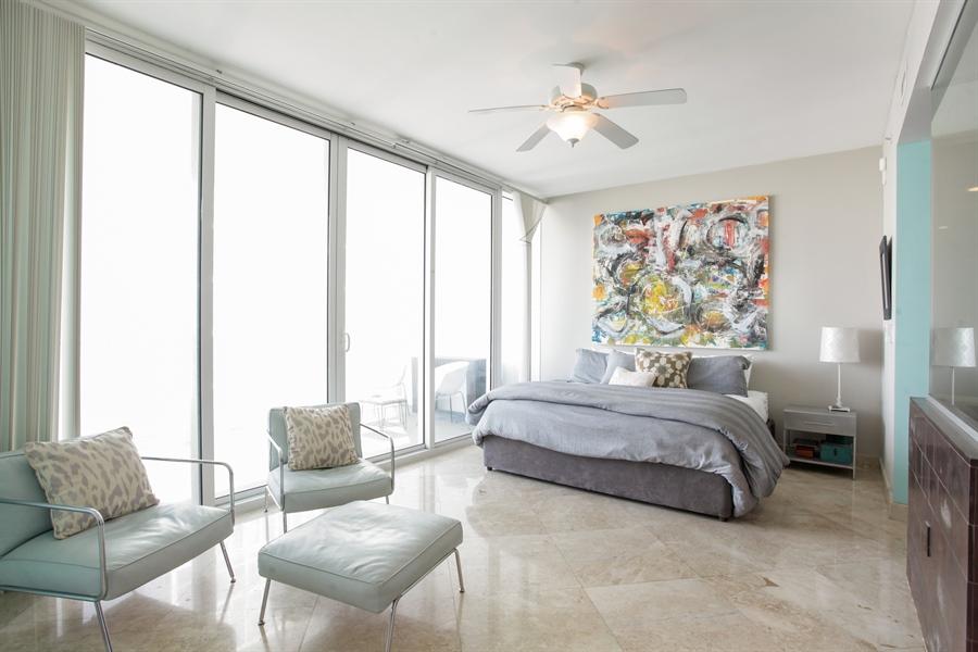 Real Estate Photography - 1040 Biscayne Blvd, 1605, Miami, FL, 33132 - Bedroom