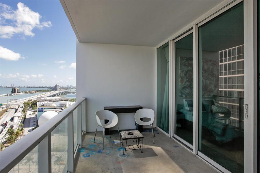 Real Estate Photography - 1040 Biscayne Blvd, 1605, Miami, FL, 33132 - Balcony