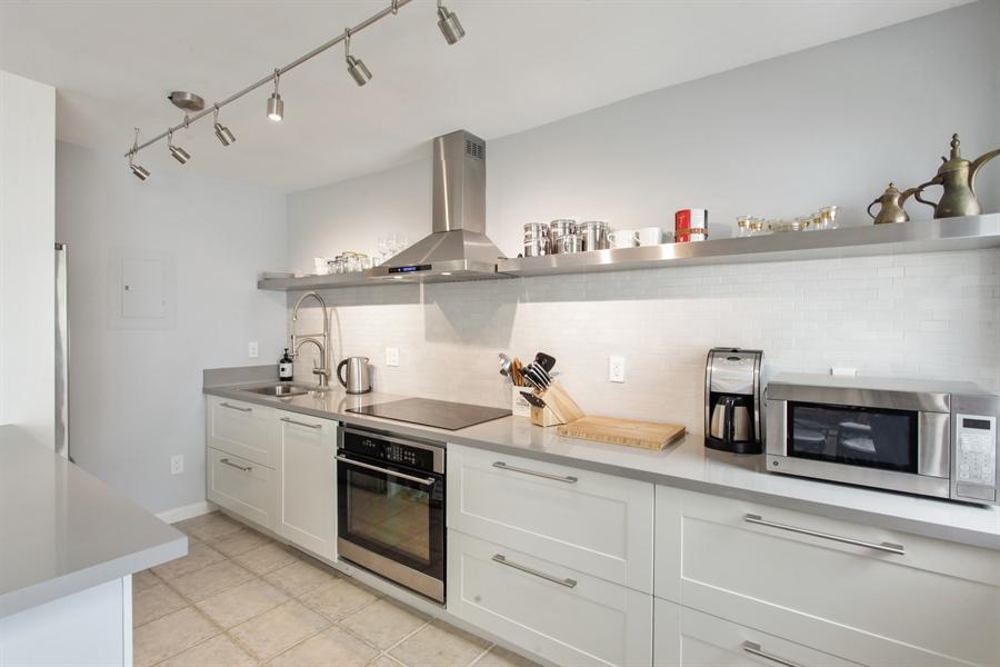 Real Estate Photography - 1308 Drexel Ave, 209, Miami Beach, FL, 33139 - Kitchen