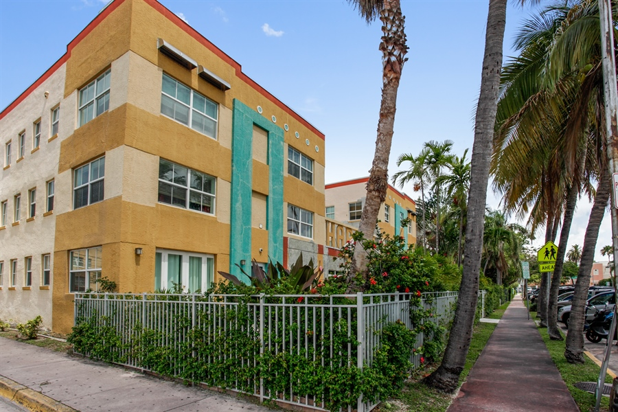 Real Estate Photography - 1308 Drexel Ave, 209, Miami Beach, FL, 33139 - Front View