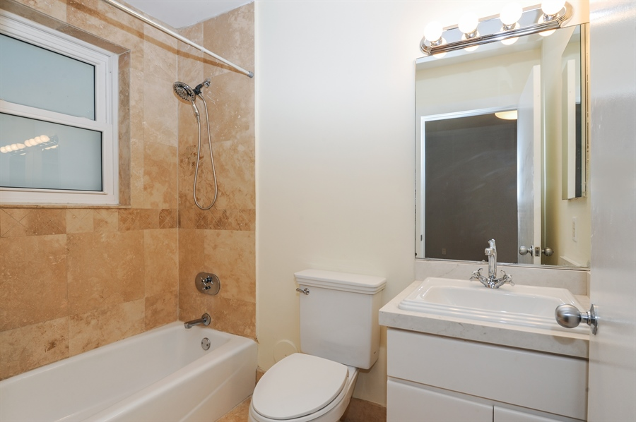 Real Estate Photography - 1018 Meridian Ave, #1, Miami Beach, FL, 33139 - Master Bathroom