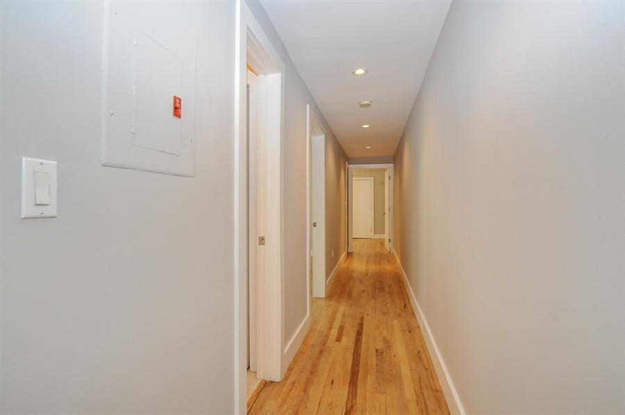 Real Estate Photography - 1018 Meridian Ave, #1, Miami Beach, FL, 33139 - Hallway