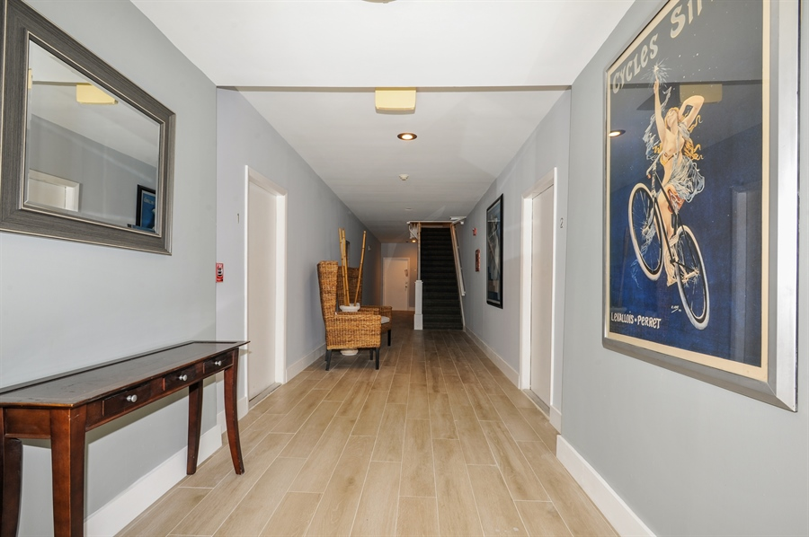 Real Estate Photography - 1018 Meridian Ave, #1, Miami Beach, FL, 33139 - Building Lobby Area