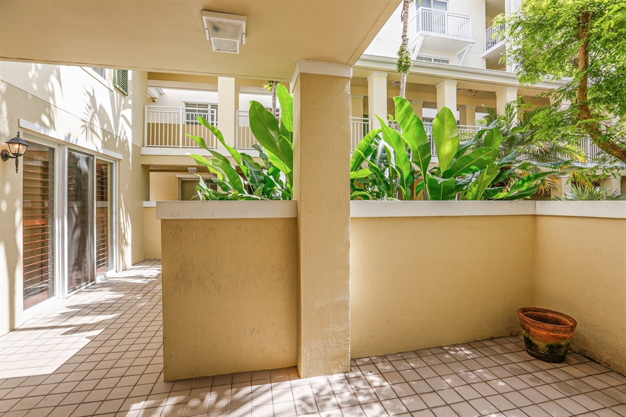 Real Estate Photography - 7604 SW 102nd St, 123, Pinecrest, FL, 33156 - Entrance and Front Patio