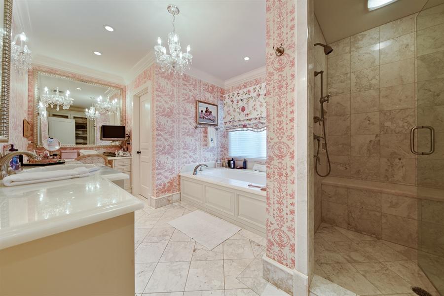 Real Estate Photography - 105 Casa Bendita, Palm Beach, FL, 33480 - Master Bathroom