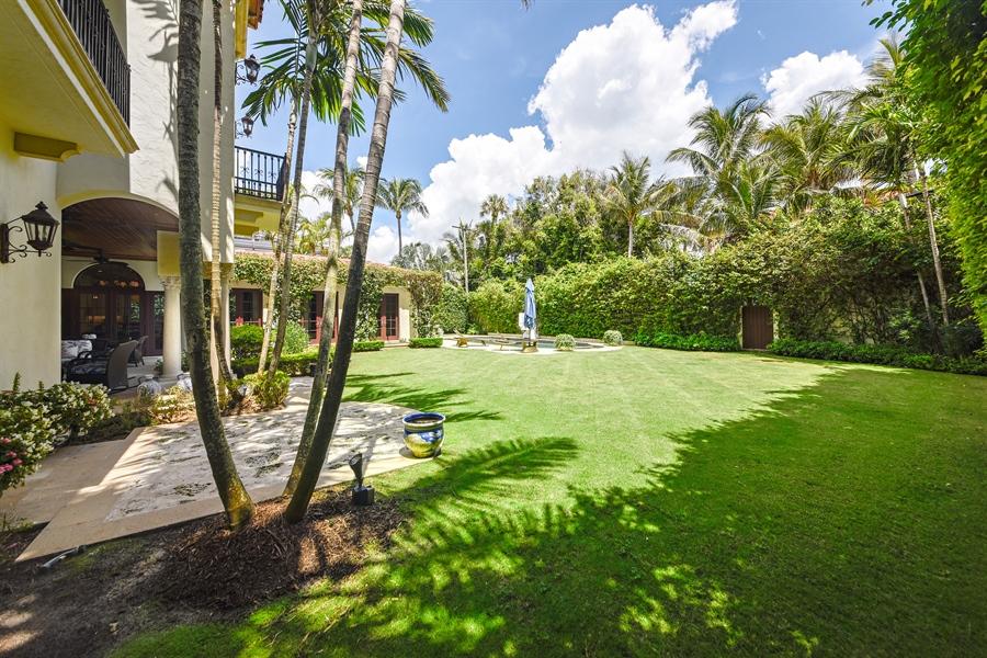 Real Estate Photography - 105 Casa Bendita, Palm Beach, FL, 33480 - Back Yard