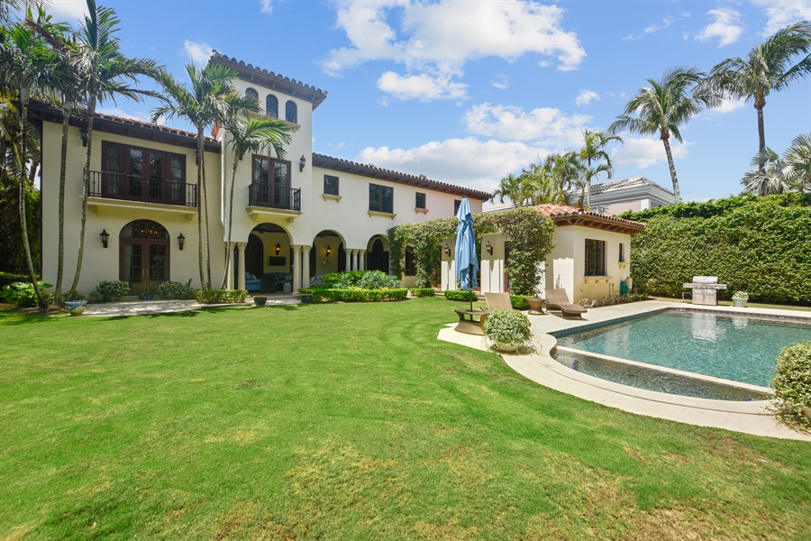 Real Estate Photography - 105 Casa Bendita, Palm Beach, FL, 33480 - Rear View