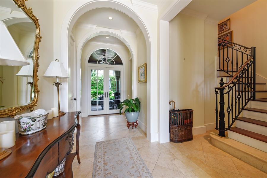 Real Estate Photography - 105 Casa Bendita, Palm Beach, FL, 33480 - Entryway