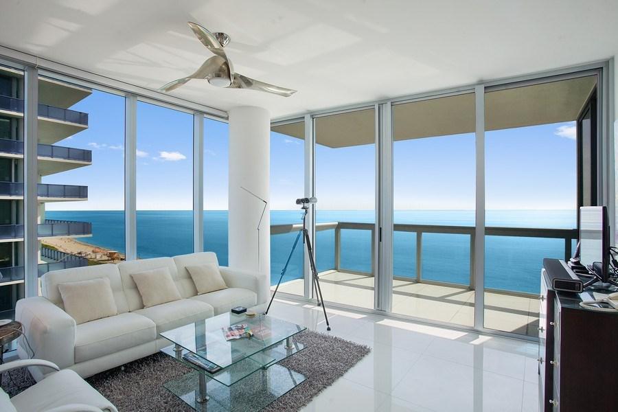 Real Estate Photography - 6899 Collins Avenue, #905, Miami, FL, 33141 - Living Room