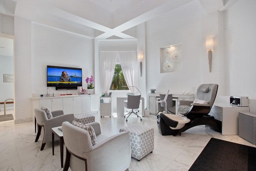 Real Estate Photography - 60 Edgewater Drive, Miami, FL, 33133 - Spa