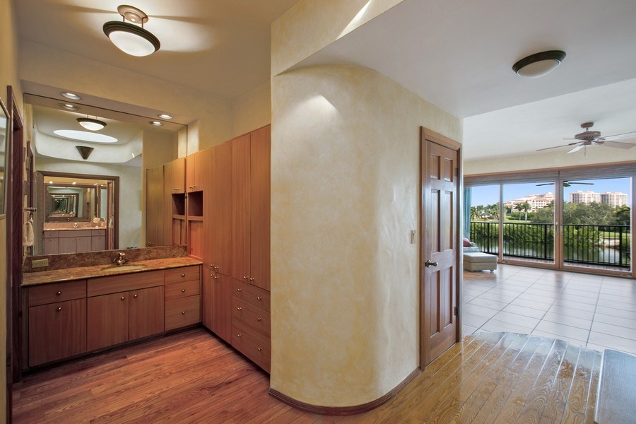 Real Estate Photography - 6018 Paradise Point Drive, Palmetto Bay, FL, 33157 - Master Bathroom