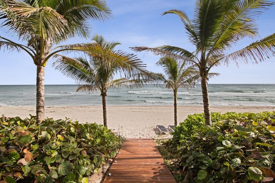 Real Estate Photography - 3715 S. Ocean Blvd., Highland Beach, FL, 33487 - Walking Path