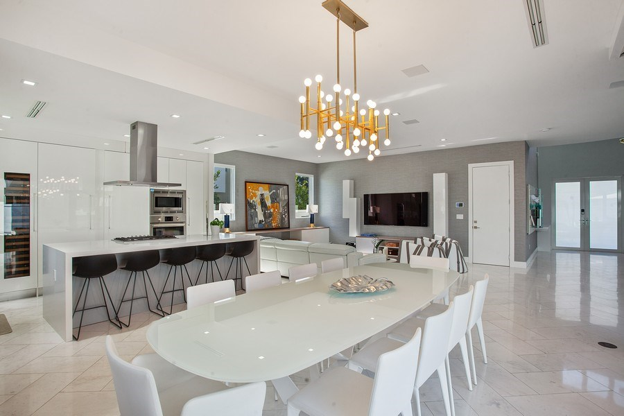 Real Estate Photography - 7445 NW 101st Place, Doral, FL, 33178 - Dining Room