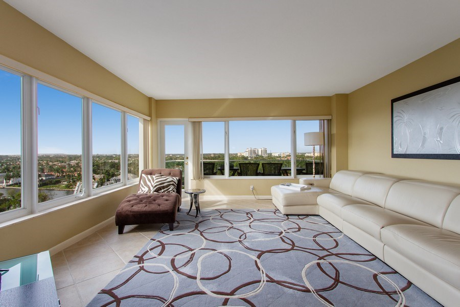 Real Estate Photography - 701 E. Camino Real, #11F, Boca Raton, FL, 33432 - Living Room