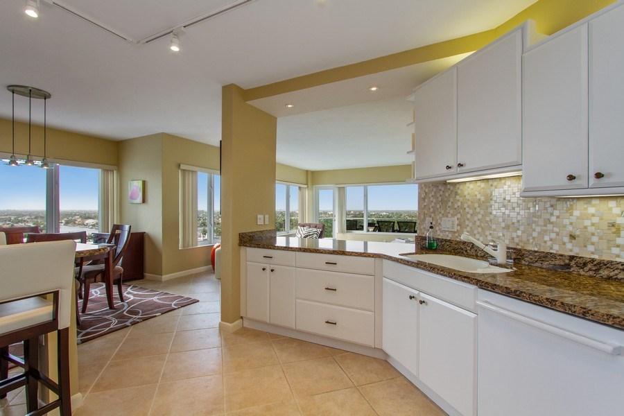 Real Estate Photography - 701 E. Camino Real, #11F, Boca Raton, FL, 33432 - Kitchen
