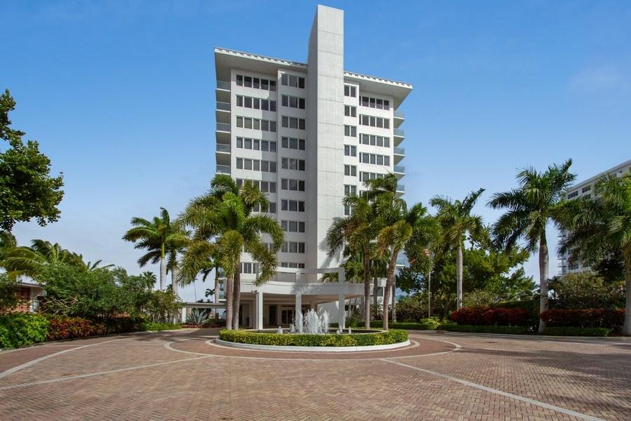 Real Estate Photography - 701 E. Camino Real, #11F, Boca Raton, FL, 33432 - Front View