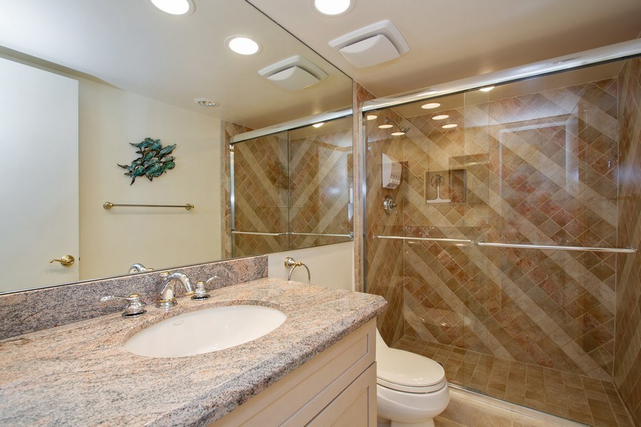 Real Estate Photography - 701 E. Camino Real, #11F, Boca Raton, FL, 33432 - 2nd Bathroom