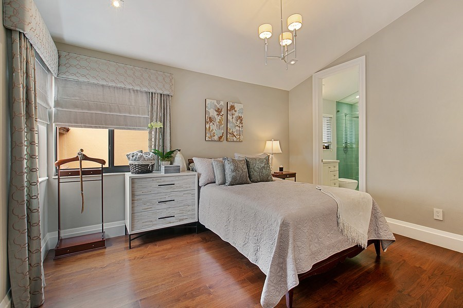 Real Estate Photography - 2000 S. Bayshore Drive, #43, Miami, FL, 33133 - Guest Bedroom Upstairs