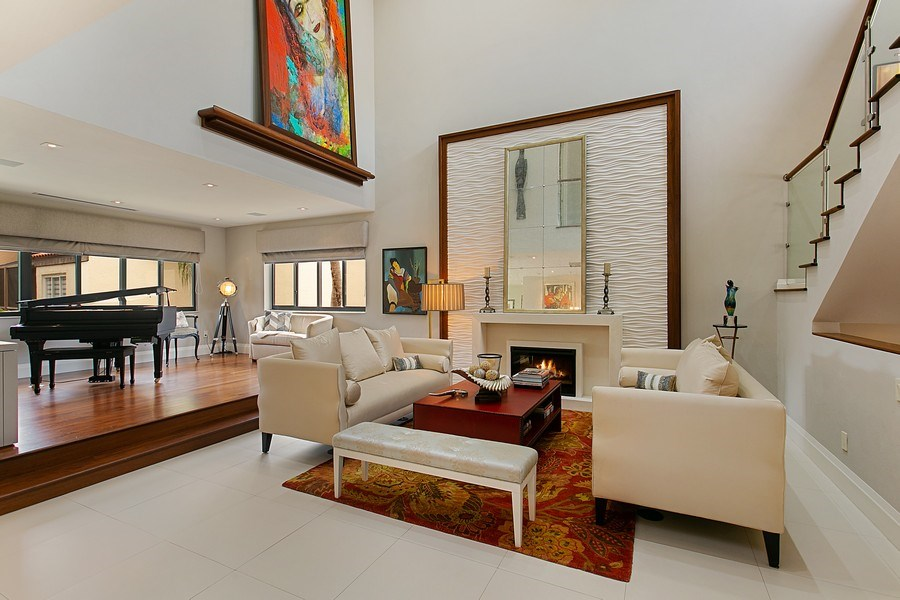 Real Estate Photography - 2000 S. Bayshore Drive, #43, Miami, FL, 33133 - Living Room