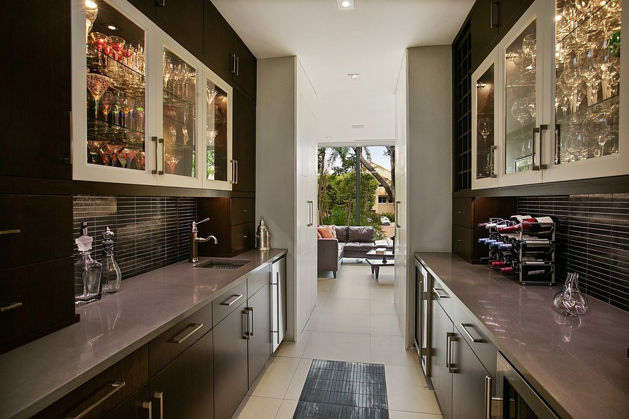 Real Estate Photography - 2000 S. Bayshore Drive, #43, Miami, FL, 33133 - Butler's Pantry