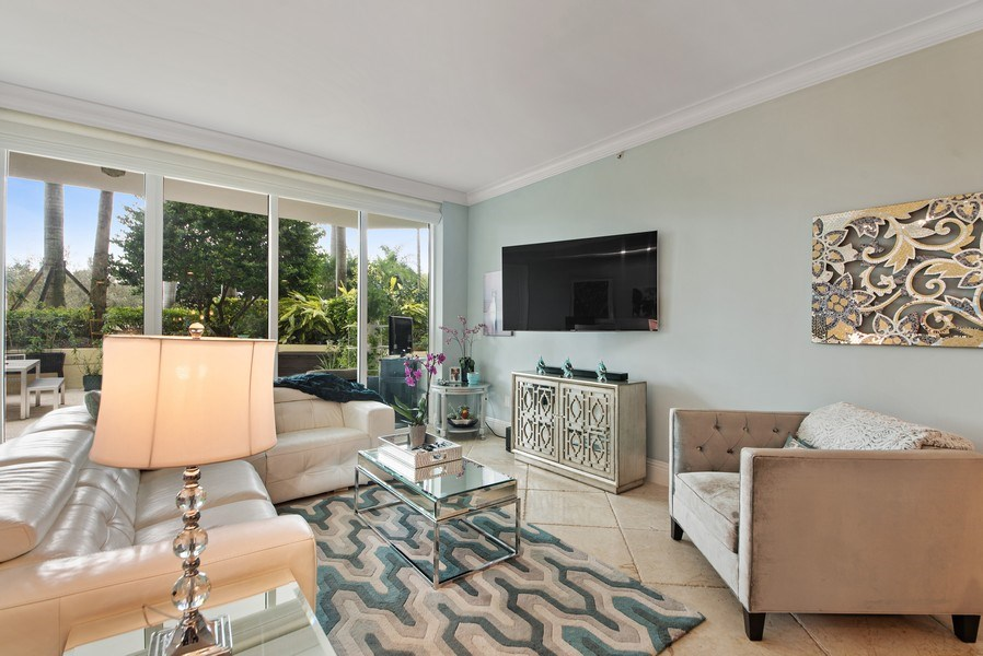Real Estate Photography - 550 SE Mizner Blvd., #B101, Boca Raton, FL, 33432 - Living Room