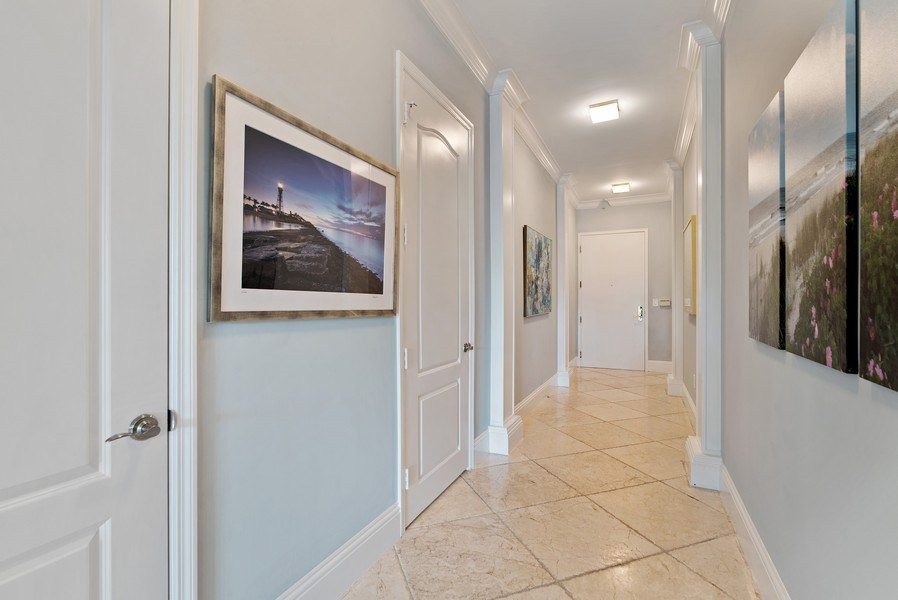 Real Estate Photography - 550 SE Mizner Blvd., #B101, Boca Raton, FL, 33432 - Foyer