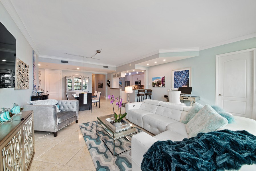 Real Estate Photography - 550 SE Mizner Blvd., #B101, Boca Raton, FL, 33432 - Living Room/Dining Room