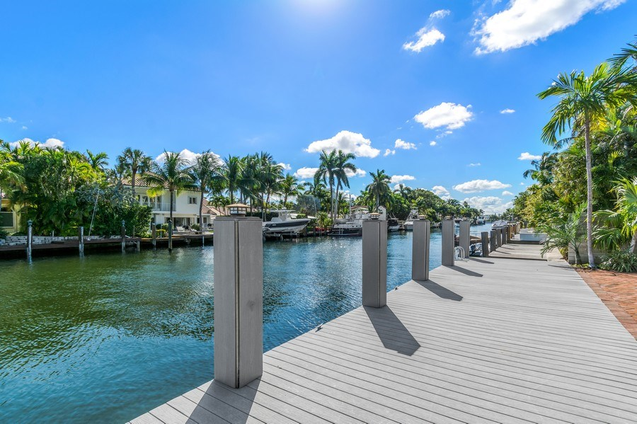 Real Estate Photography - 700 SE 25th Avenue, Fort Lauderdale, FL, 33301 - Dock