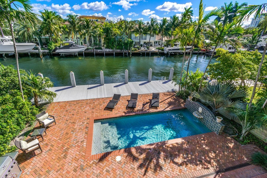 Real Estate Photography - 700 SE 25th Avenue, Fort Lauderdale, FL, 33301 - View