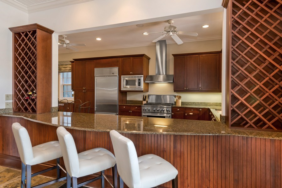 Real Estate Photography - 700 SE 25th Avenue, Fort Lauderdale, FL, 33301 - Kitchen