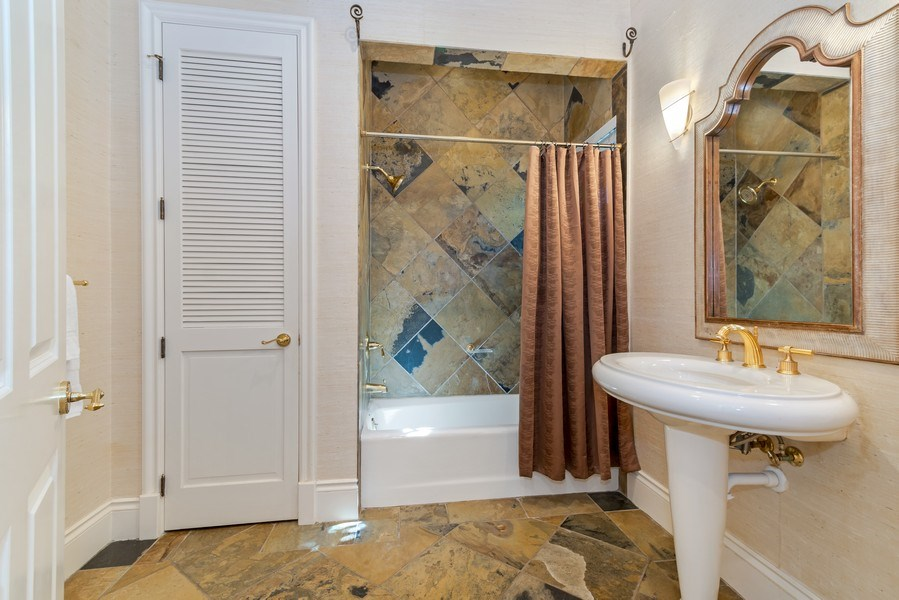 Real Estate Photography - 700 SE 25th Avenue, Fort Lauderdale, FL, 33301 - 2nd Bathroom