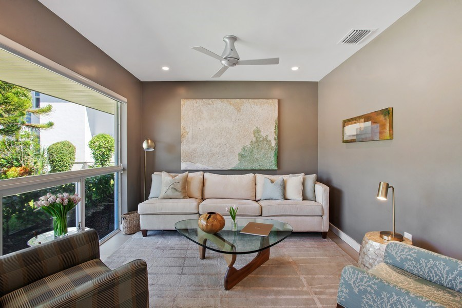 Real Estate Photography - 1124 Seminole Drive, #2A, Fort Lauderdale, FL, 33304 - Living Room
