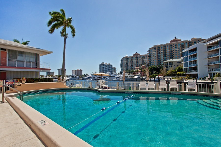 Real Estate Photography - 1124 Seminole Drive, #2A, Fort Lauderdale, FL, 33304 - Pool