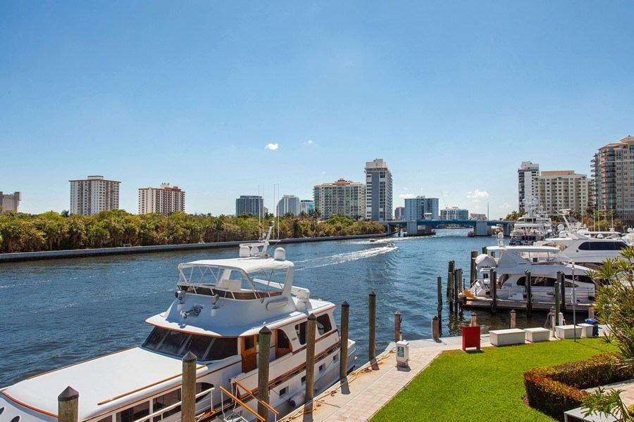 Real Estate Photography - 1124 Seminole Drive, #2A, Fort Lauderdale, FL, 33304 - Clubhouse