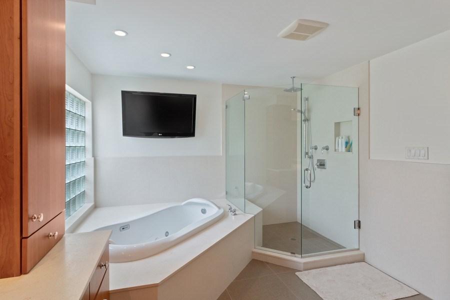 Real Estate Photography - 4508 Bocaire Blvd., Boca Raton, FL, 33487 - Master Bathroom