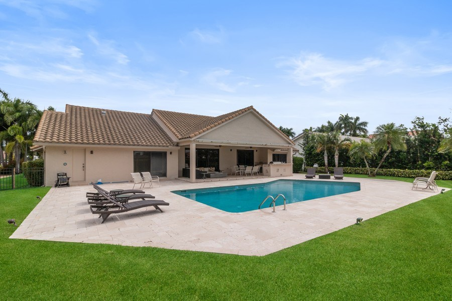 Real Estate Photography - 4508 Bocaire Blvd., Boca Raton, FL, 33487 - Back Yard