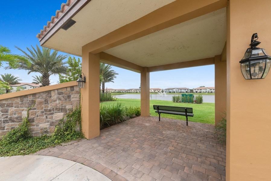 Real Estate Photography - 13045 Anthorne Lane, Boynton Beach, FL, 33436 - Community Courtyard