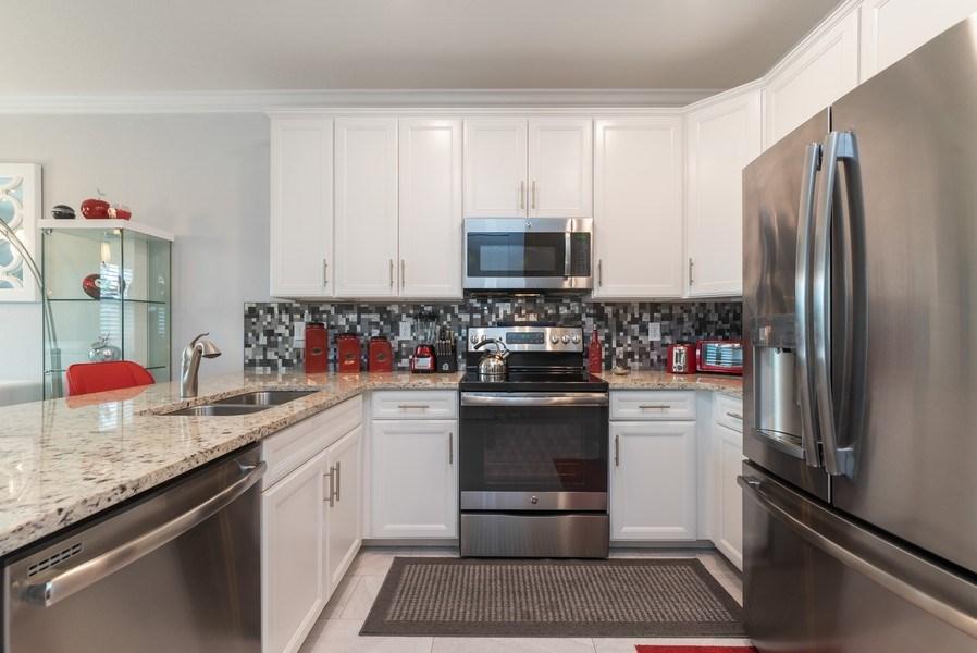 Real Estate Photography - 13045 Anthorne Lane, Boynton Beach, FL, 33436 - Kitchen